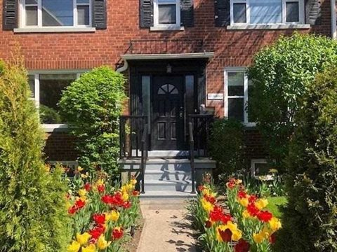 274 Rumsey Rd Side, Toronto