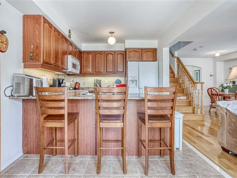8 Hollier Dr