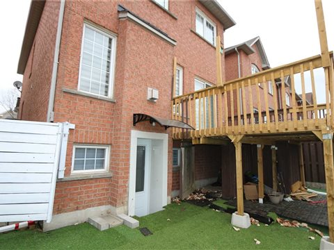 49 Walkview Cres Basemen, Richmond Hill
