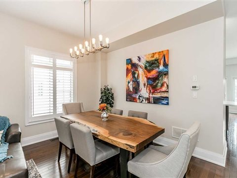 53 Timna Cres
