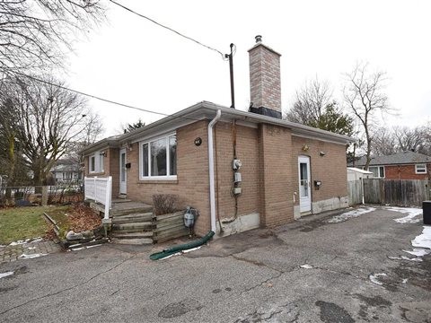25 Rockport Cres Lower, Richmond Hill
