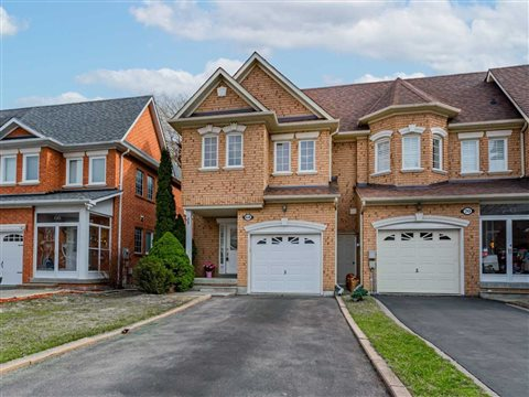 68 Ruby Cres