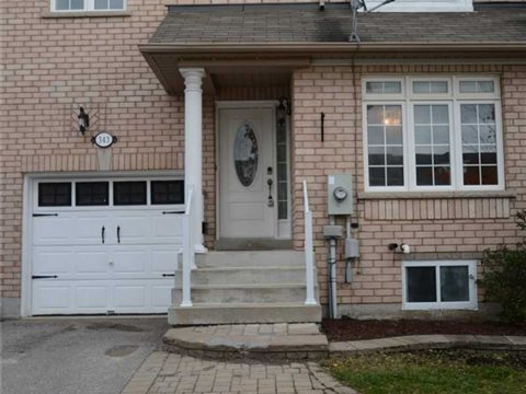 343 Spruce Grove Cres, Newmarket