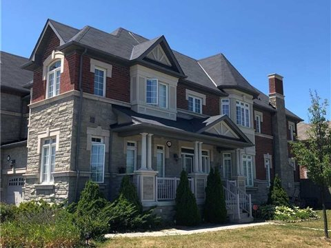 87 Spruce Pine Cres, Vaughan