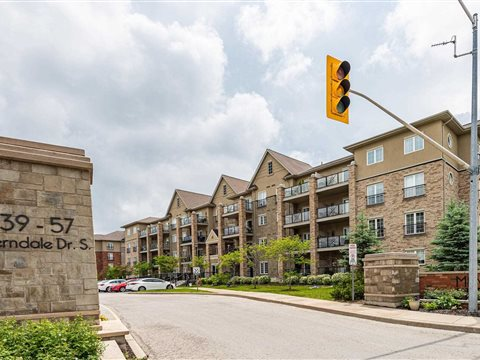 41 Ferndale Dr S 309, Barrie