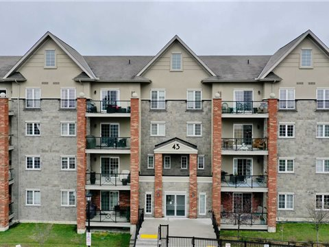 43 Ferndale Dr S 104, Barrie