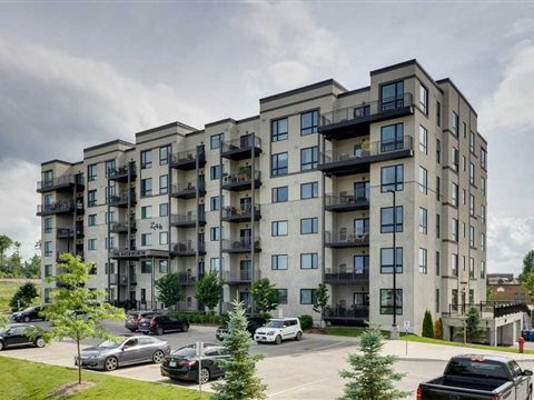 299 Cundles Rd 108, Barrie