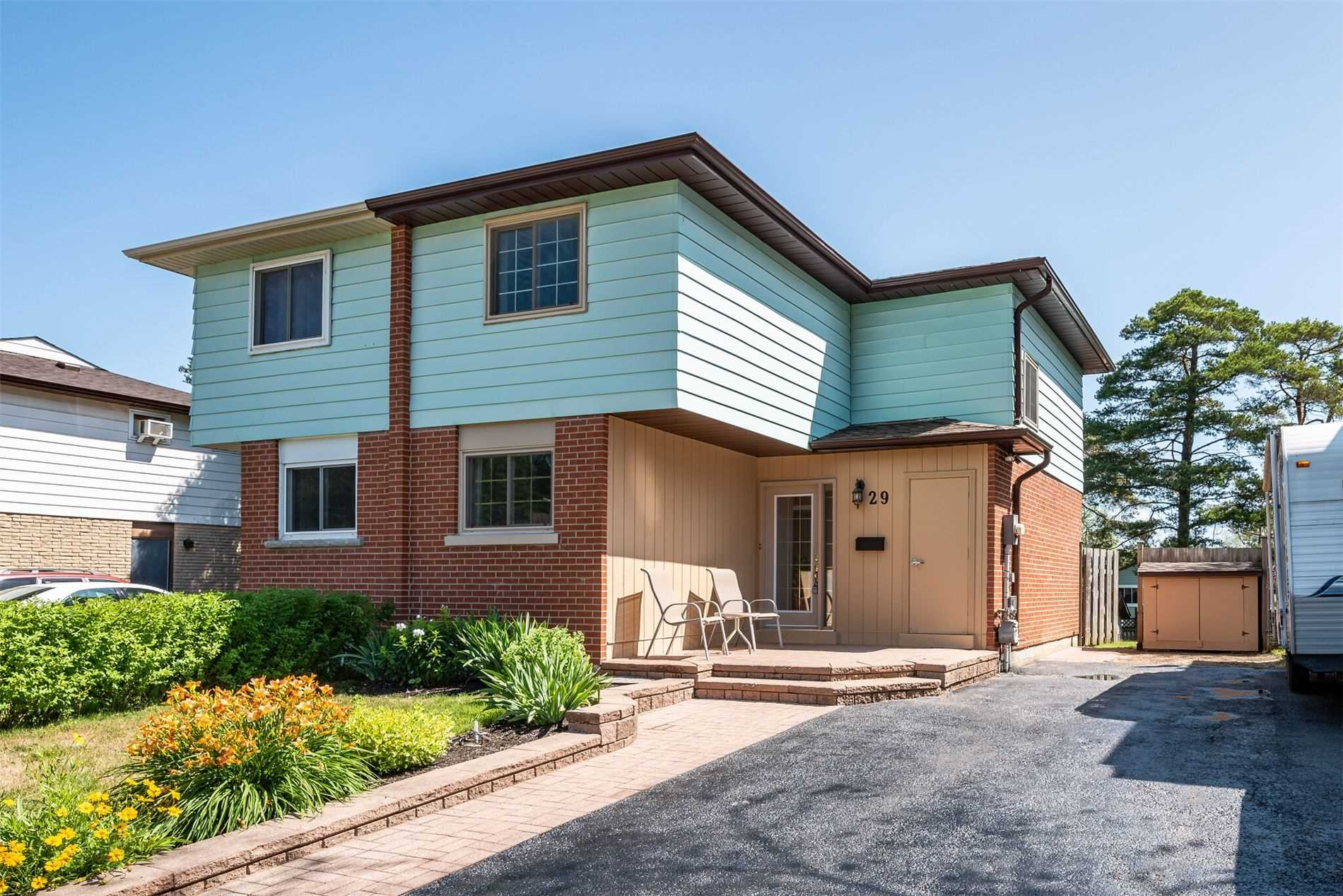 29 Chaucer Cres, Barrie