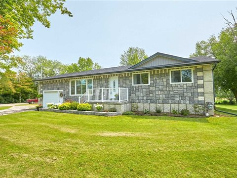 6537 County Rd 9, Clearview