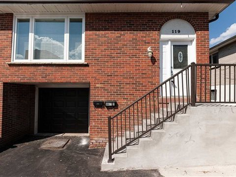119 Surbray Grve Lower, Mississauga