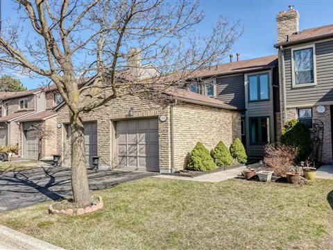 4111 Arbour Green Dr 14, Mississauga