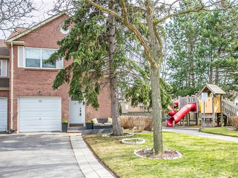 3380 South Millway Dr #10, Mississauga