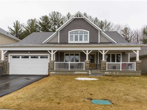 17 Windsong Cres
