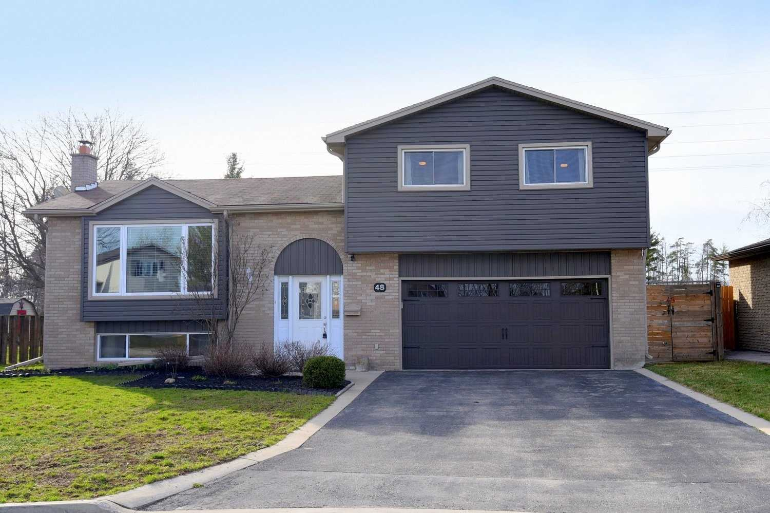 48 Valerie Crt, Cambridge