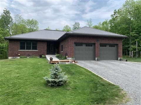 933 Spring Brook Rd, Centre Hastings
