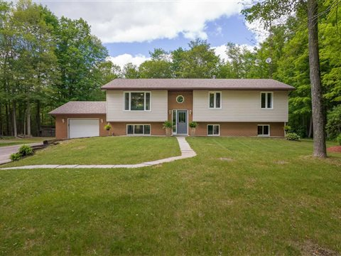 585 Crookston Rd, Centre Hastings