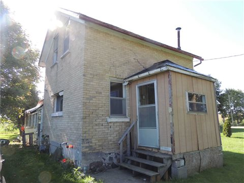 5775  Highway 23 Rd, Minto